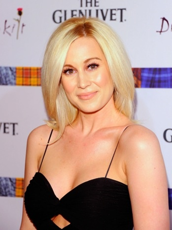 Kellie Pickler was dropped by her record label, but she makes more money by ...