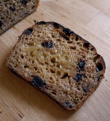 blueberry hazelnut spelt bread