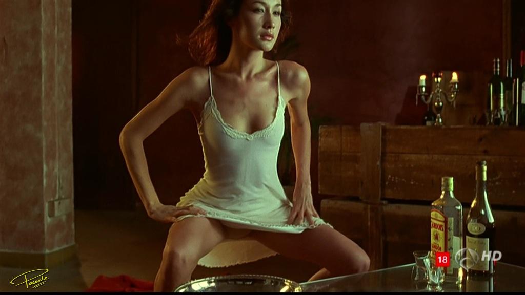 Maggie Q desnuda - Fotos y Vdeos - ImperiodeFamosas