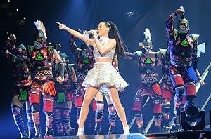 Katy Perry show at Super Bowl (Video)