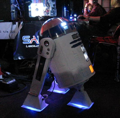 Cool R2-D2 Inspired Designs and Products (15) 12