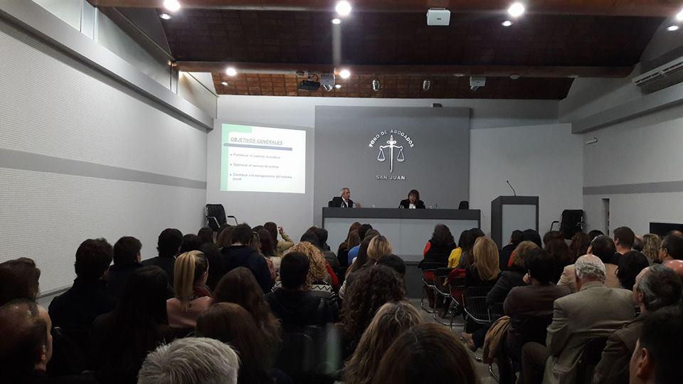 Visita y conferencia de la Dra. María del Carmen Falbo