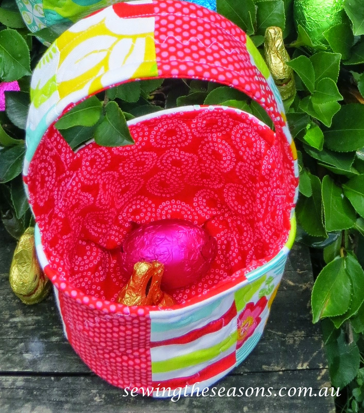 http://www.sewingtheseasons.com.au/2015/03/hippity-hoppity-easters-on-its-way.html