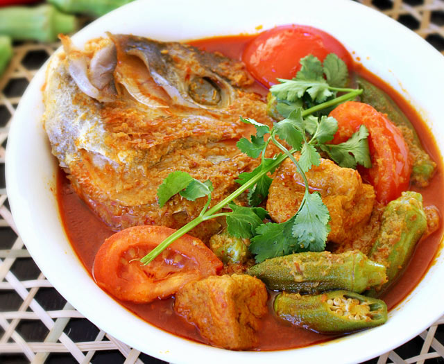 Fish Head Curry | Malaysian Recipes