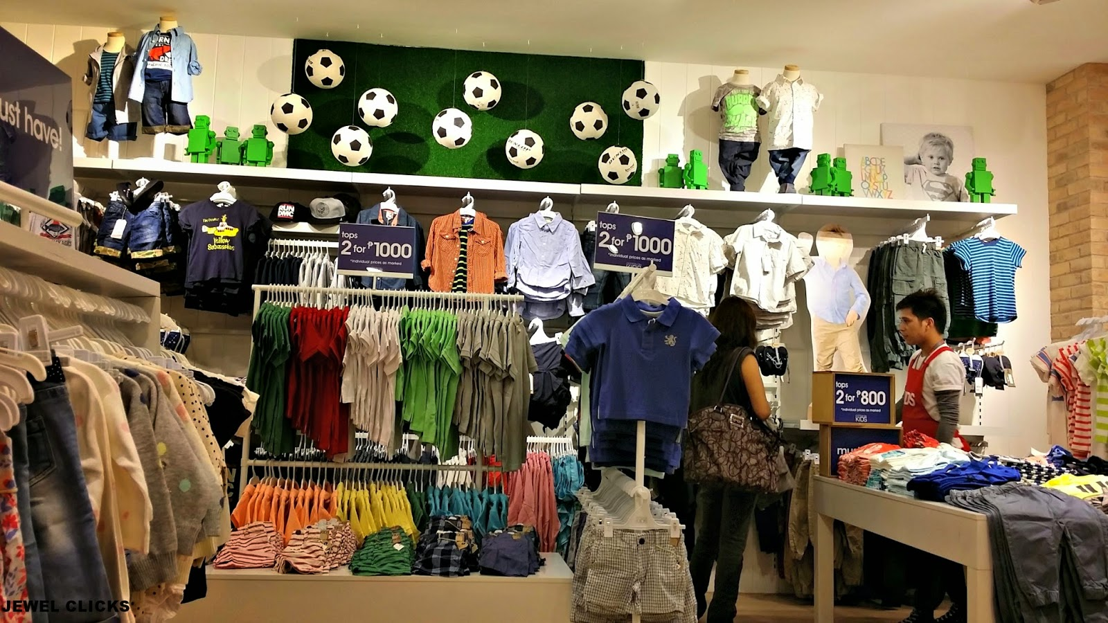 Cotton On – that Aussie retail powerhouse of trendy but affordable fashion – has opened a Cotton On Kids in Hong Kong! Located in TST, it's officially our new first stop for cool threads for the wee ones.