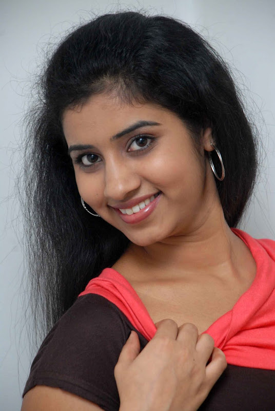 Actress In South Sushma Latest Photo Shoot Stills Gallery navel show