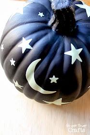 easy glow in the dark pumpkin for Halloween