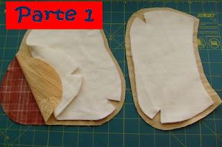 Costure o forro na manta formando filigramas ou algo que sua