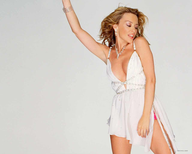 Kylie Minogue sexy in underwear