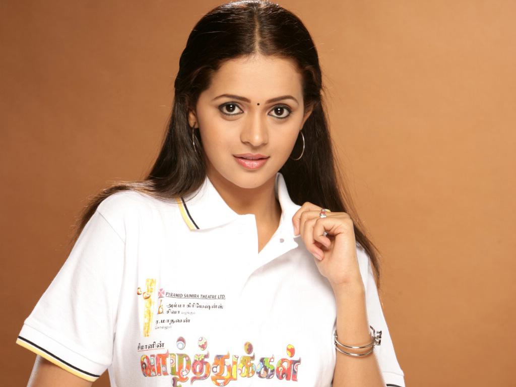 http://2.bp.blogspot.com/-IABcJpp3XfI/TktYMxiG0CI/AAAAAAAAFJE/mXX4RkJ7aUo/s1600/south_indian_actress_bhavana-wallpaper.jpg