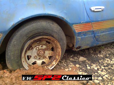 Volkswagen SP2 abandonado_05