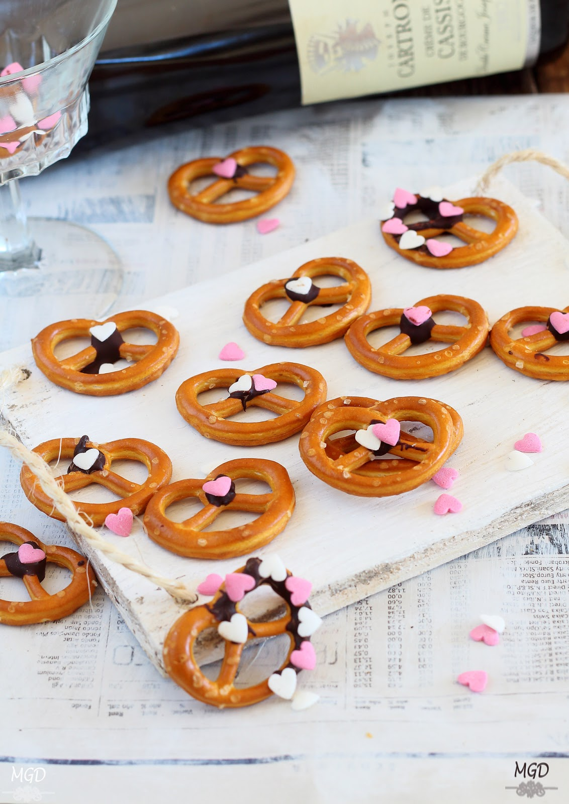 Galletas Pretzel con chocolate san valentin