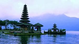 10 Daftar Wisata Indonesia Yang Indah