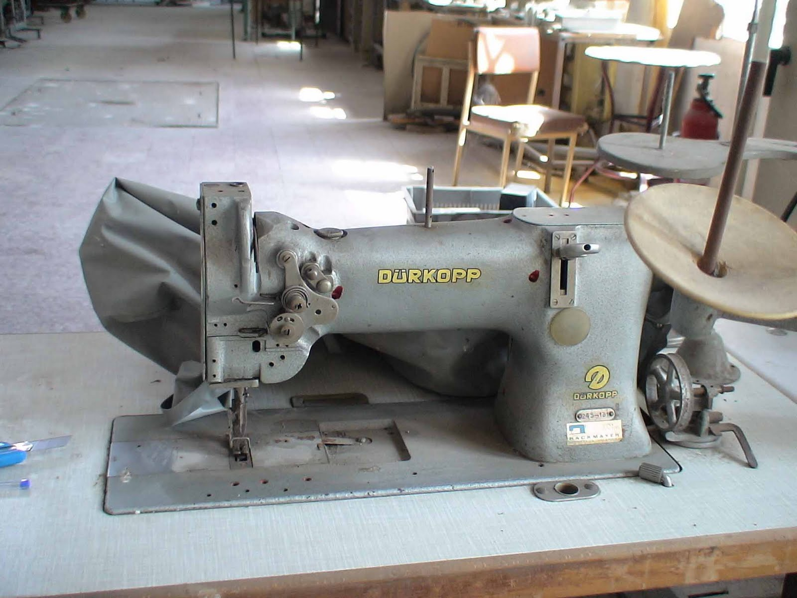 Durkopp Adler Sewing Machine Parts http://durkopp.blogspot.com/2011/06/durkopp-sewing-machines-26-139.html