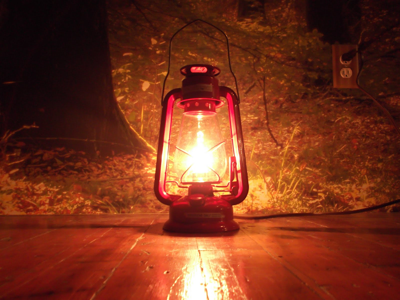 This Old WareHouse: kerosene lamps get electric make over