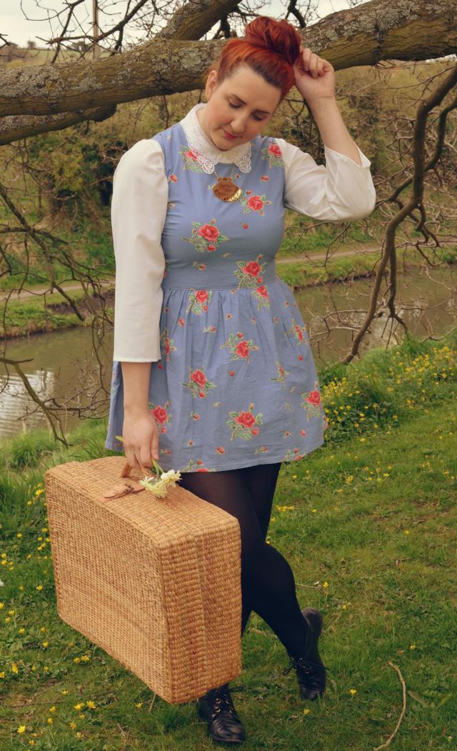 floral-denim-dress