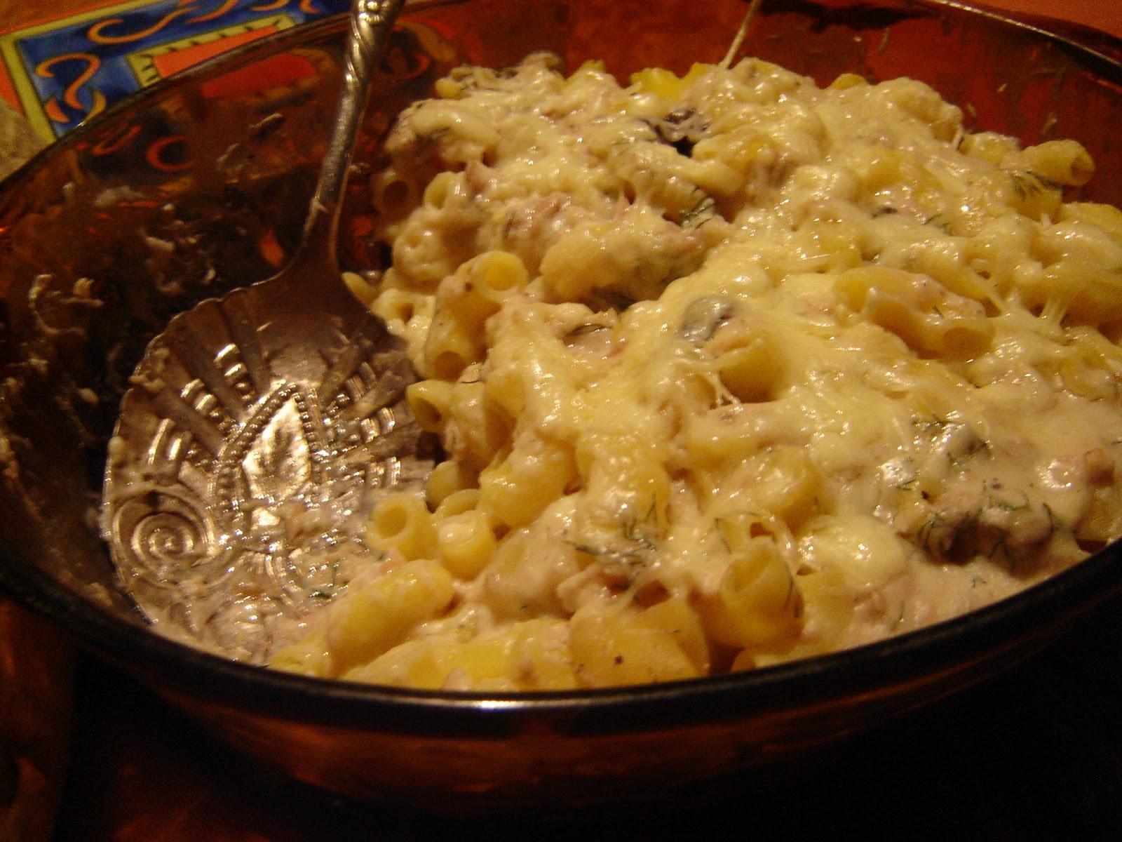 mac and cheese and tuna