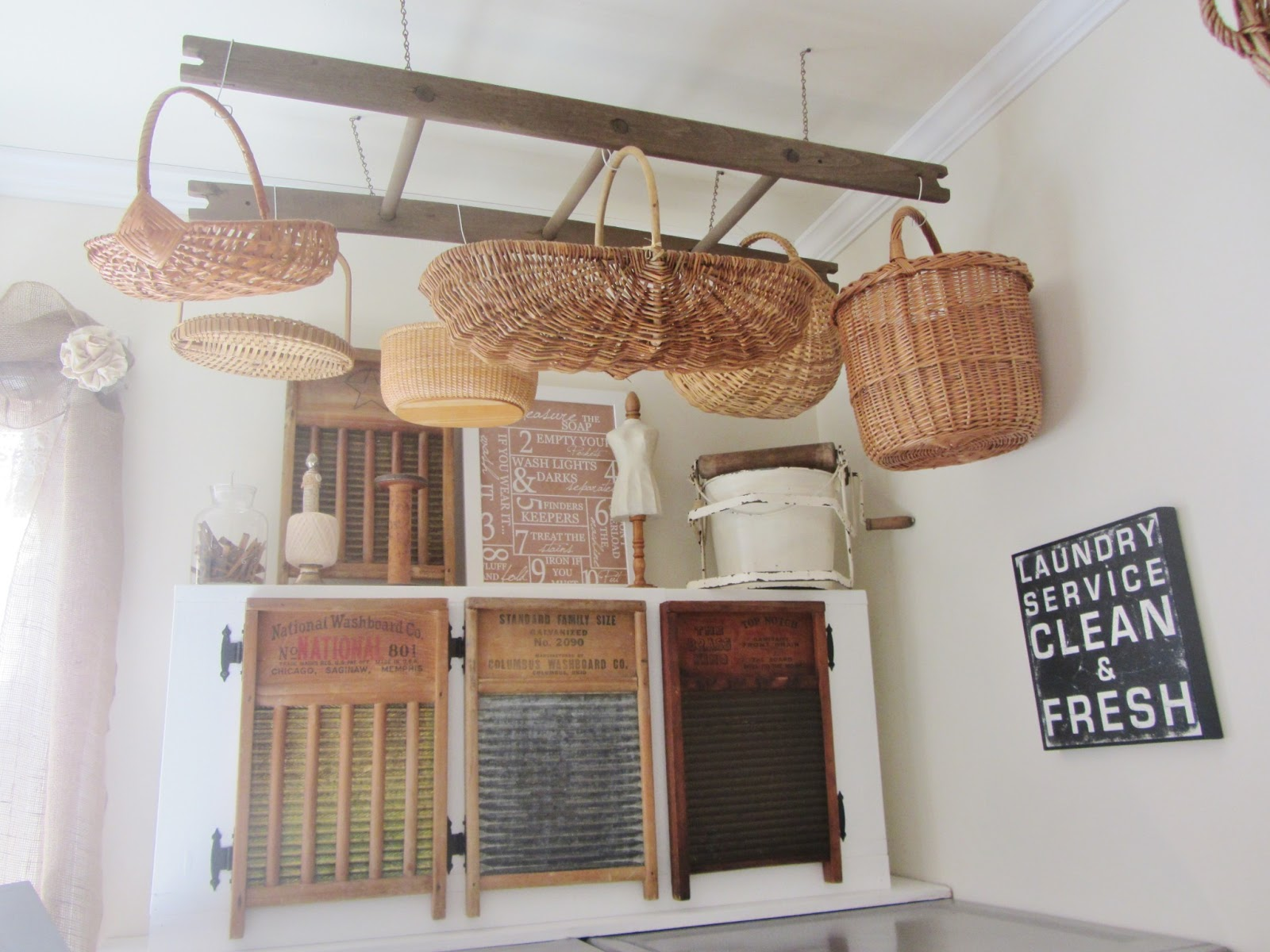 Old Fashioned Laundry Room Decor Junk Chic Cottage Laundry Room
