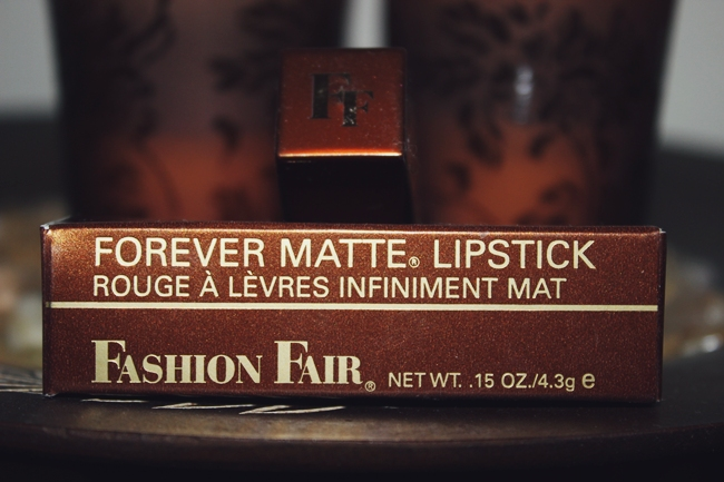 Fashion Fair: Forever Matte Lipstick in Forever raisin/Infiniment muscat.Fahion Fair ruz za usne.Best raisin-colored lipstick.Best matte lipsticks.Najbolji mat karmini.