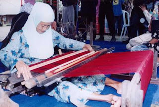 Wisata Tenun Ikat Sarung Samarinda Kalimantan Timur