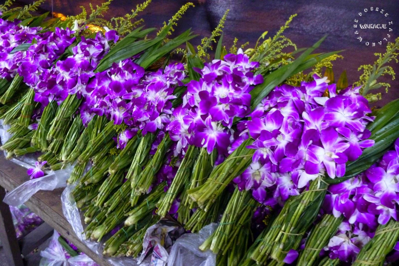 Targ kwiatowy w Bangkoku