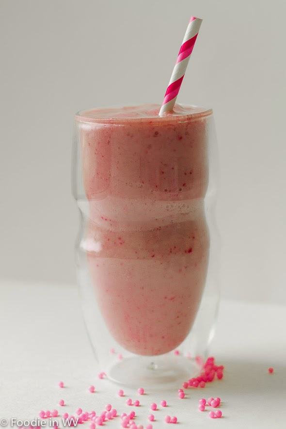 serafino double wall glasses strawberry almond milk smoothie