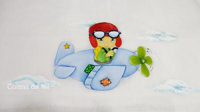 """""""fralda pintada, menino, avião,preciosos momentos"""""""