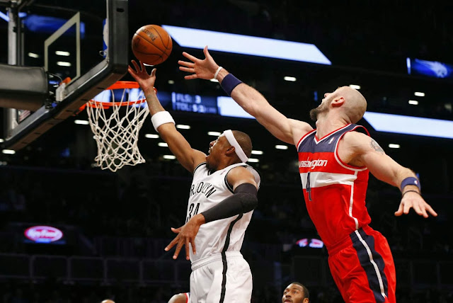 Paul Pierce drives to the rim in a game against the Washington Wizards