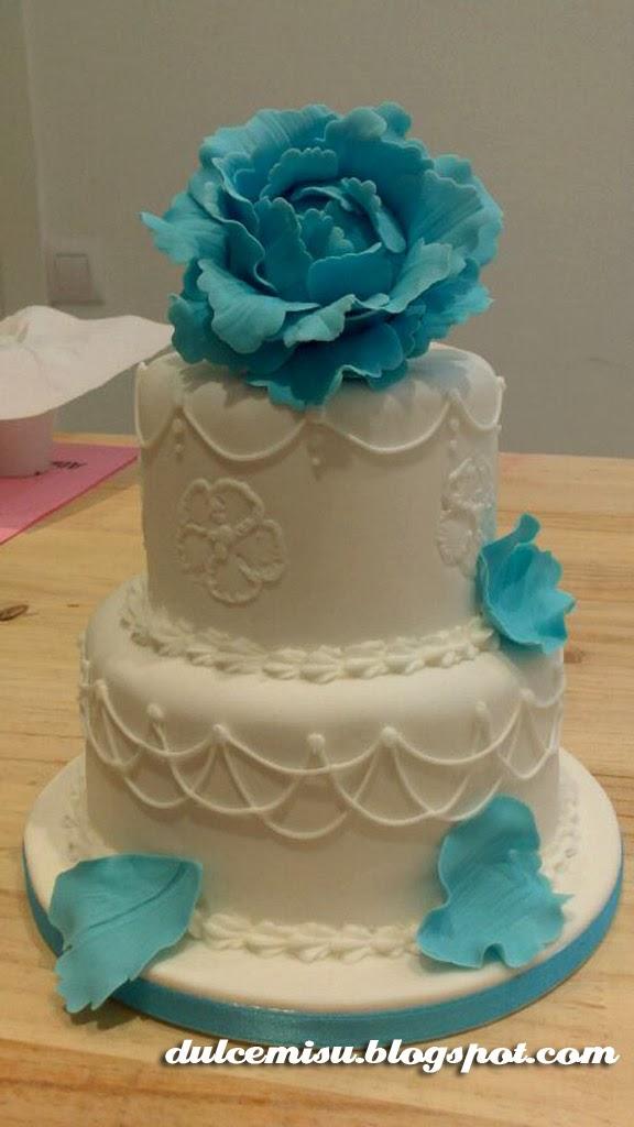 tarta boda, peonia, fondant, modelado, pasta de goma, glasa, dulcemisu, Alma Obregón
