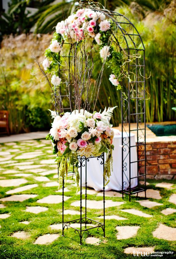 Wedding inspiration an outdoor ceremony aisle wedding decoration ideas - Garden wedding decorations pictures ...