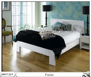Tempat Tidur Minimalis Modern Frezee 160 x 200