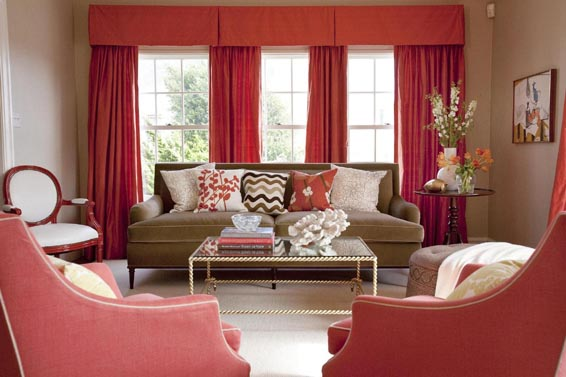 How to Style Sofa Pillows.  Awesome tips that are easy to do! entirelyeventfulday.com