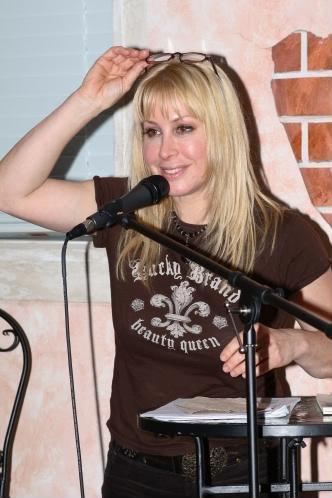 Da Kentner The Readers Writers Word Rocker Cyndi Dawson