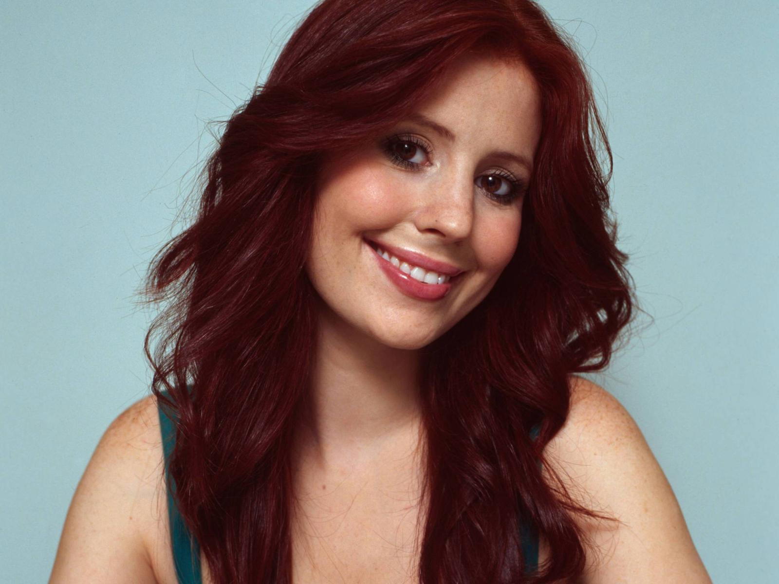 nuttall hot celebrity Amy