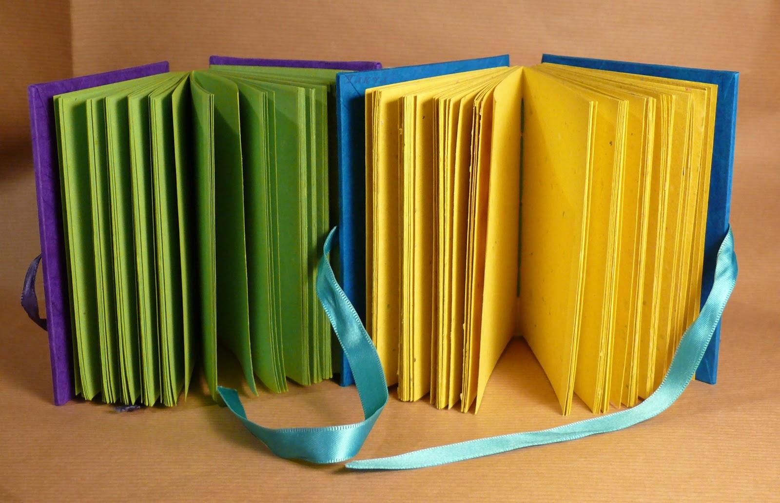 """Quaderni """"contrasti di colore""""  Quad+2011+-+11-12_D+firma"""