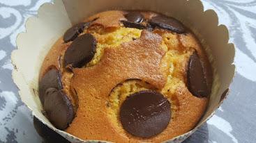 עוגת מיץ קלמנטינות וטבעות שוקולד
