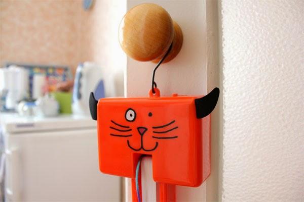интерактивная игрушка для кошек Fling-ama-String