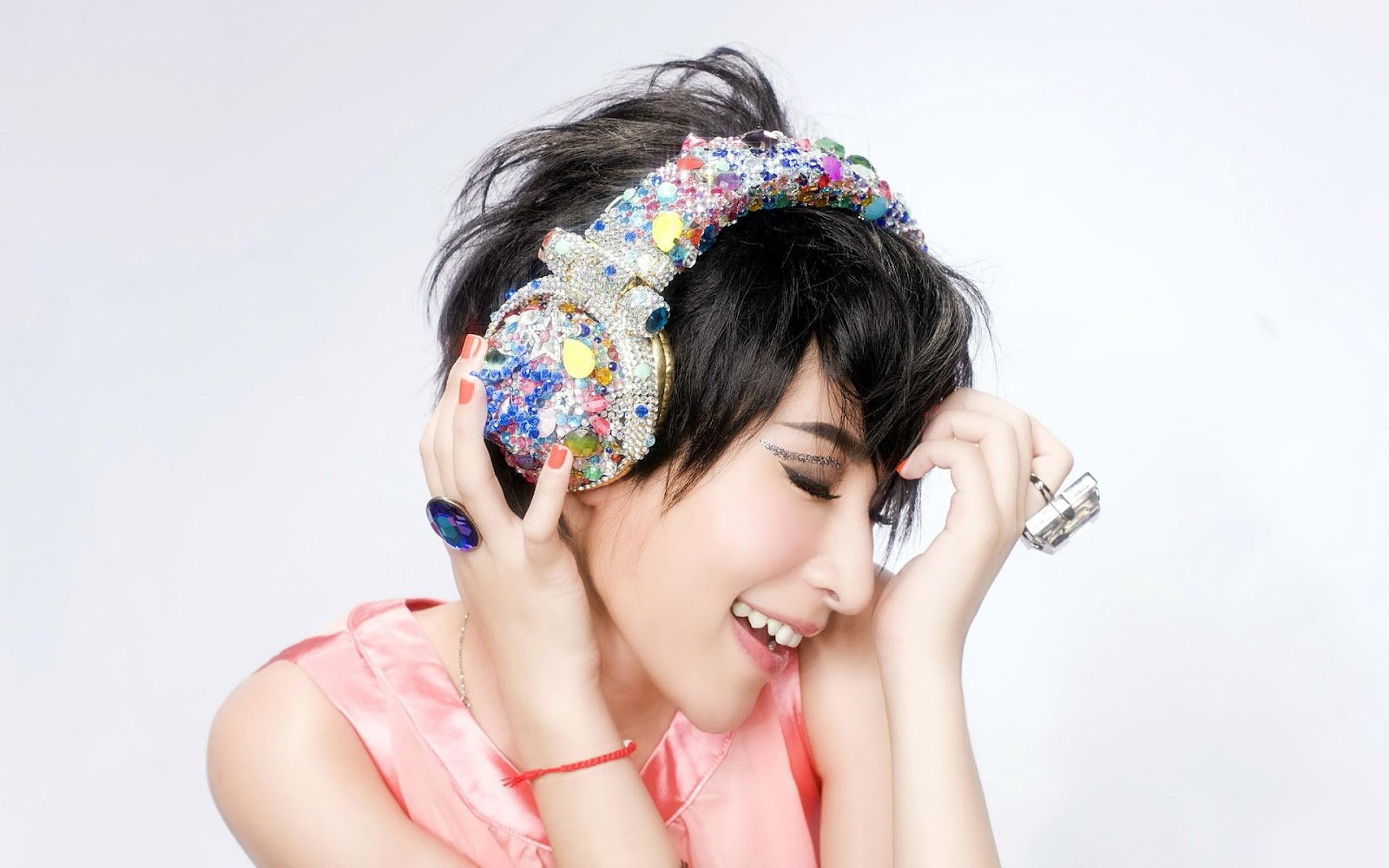 music girl wallpapers headphones - photo #19