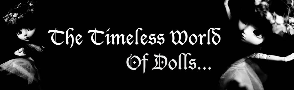 The timeless world of dolls