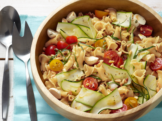 FNM_070112-Garden-Pasta-Salad-with-Zucchini-and-Tomatoes-Recipe_s4x3 ...