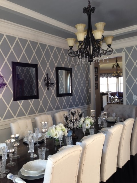 Life in the barbie dream house diy rustic dining room for Grey dining room wallpaper