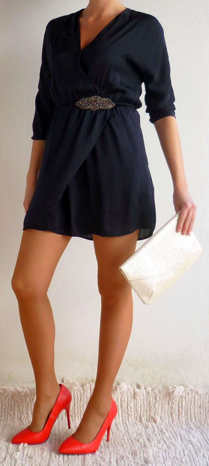 vestido azul pedreria