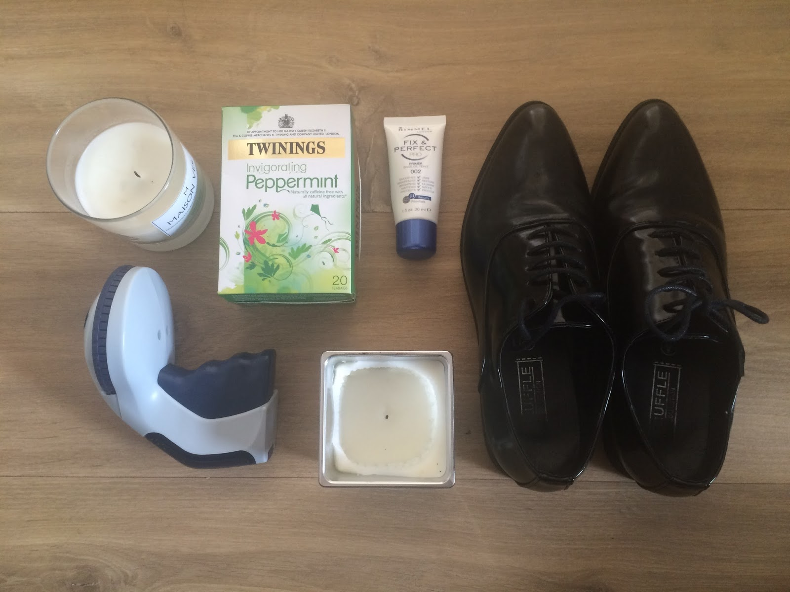 candle, peppermint tea, brogues, label maker, rimmel primer, lifestyle, blogger, fashion