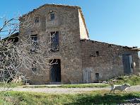 La façana de migdia de Cal Correu
