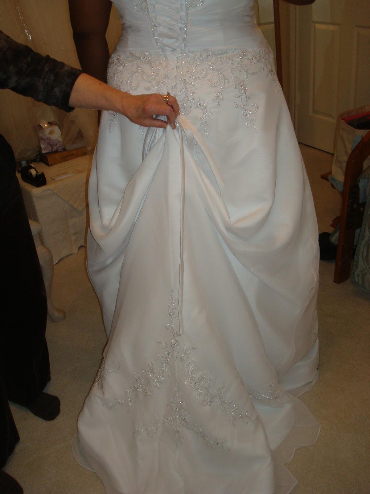 How To Put A Bustle On A Wedding Dress F F 2017