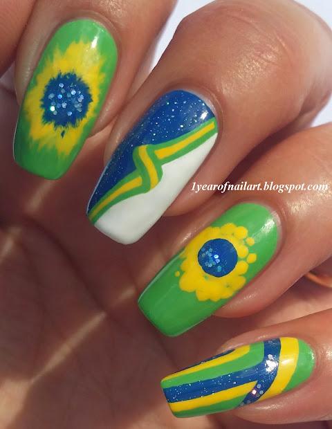 365 days of nail art good luck