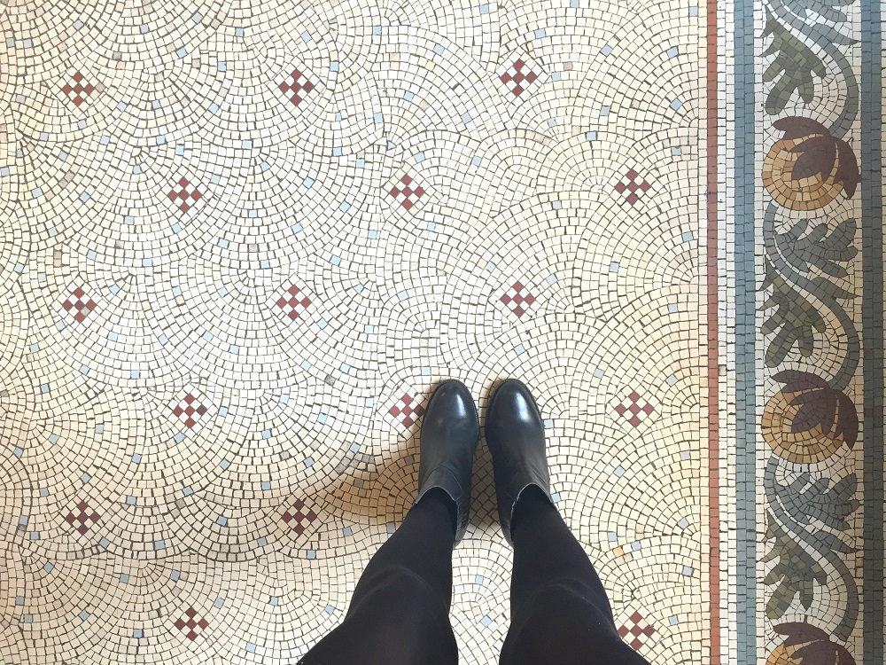 peexo fashion blog floor tiles from where I stand