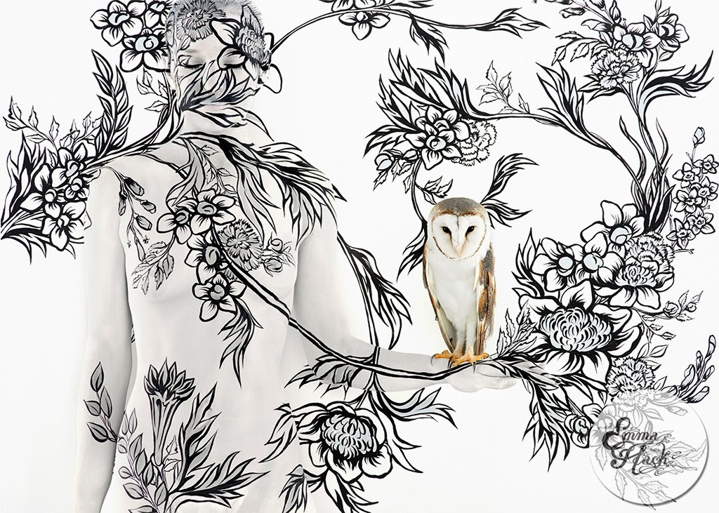 07-Owl-On-Bouquet-Emma-Hack-Invisible-Body-Painting-www-designstack-co