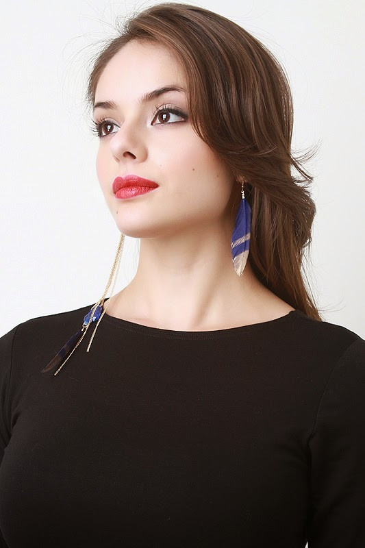 http://www.urbanog.com/Feather-and-Stone-Earrings_102_52207.html