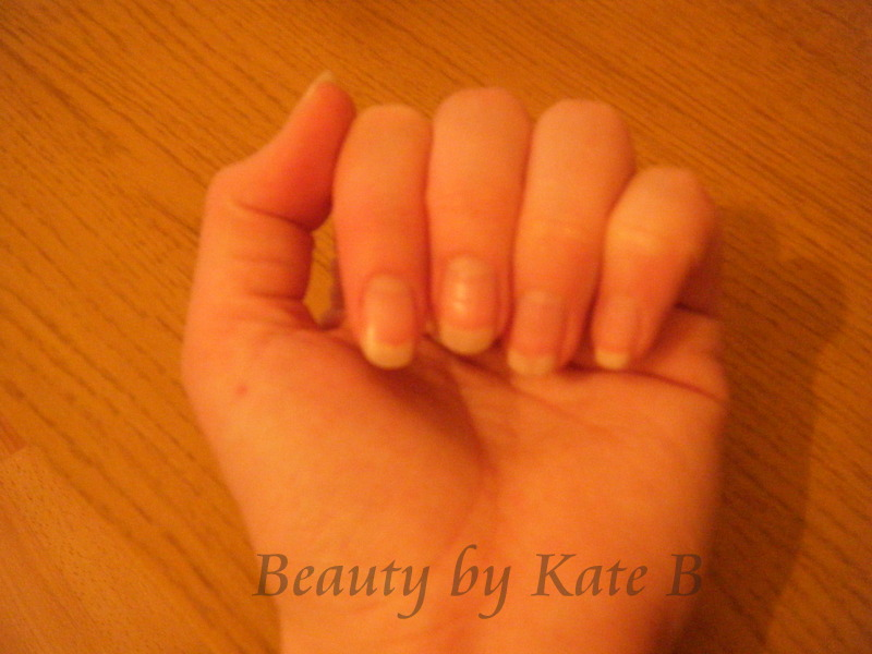 Cuppas and Catalogues: REVIEW: Avon Nail Experts 24k Gold Strength